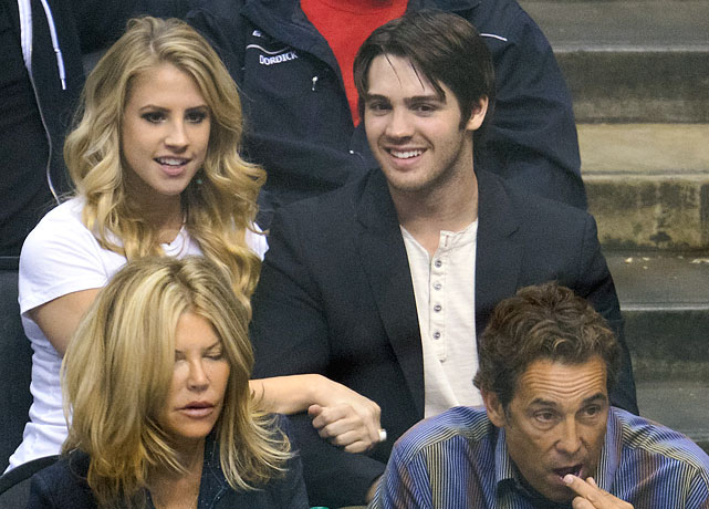 21 steven r. mcqueen and girlfriend hillary at western conference finals - celebs at stanley cup playoffs