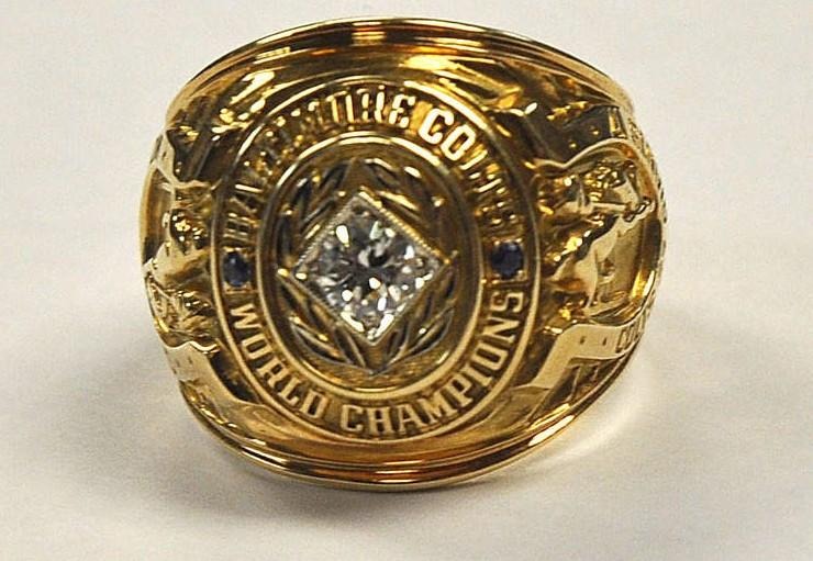 3-Colts-1958-NFL-Championship-Ring-Art-Donovan-Stolen-Championship-Rings