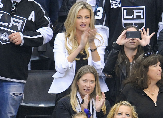 3 erin andrews at game 6 western conference quarterfinals - celebs at stanley cup playoffs
