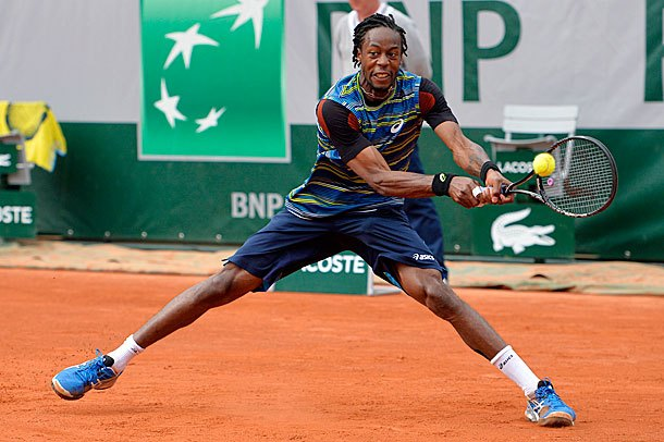 30 gael monfils busy asics outfit - 2013 French Open Fashion