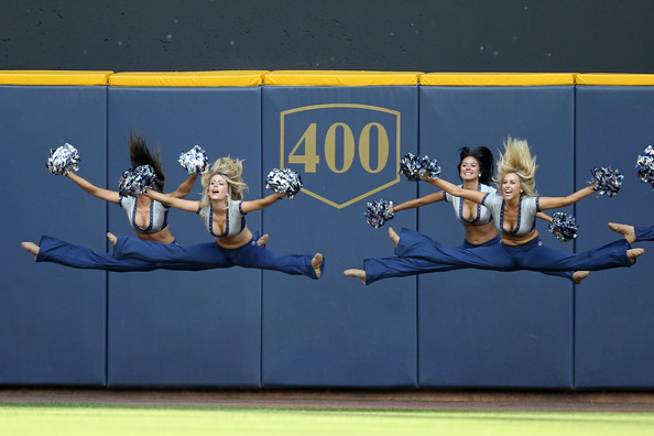 1 2013 Milwaukee Brewers Diamond Dancers - MLB Cheerleaders