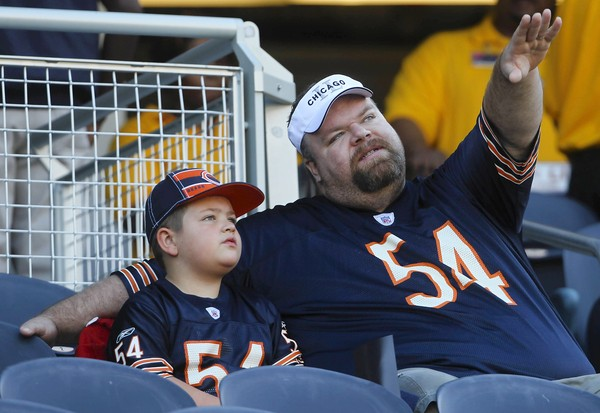 10 dad and son in matching urlacher jerseys - top selling nfl jerseys