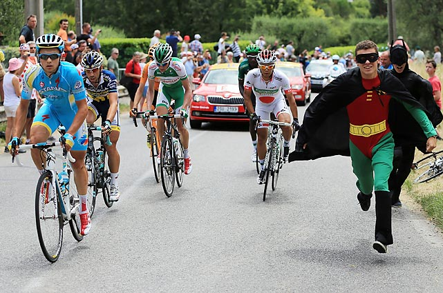 13 batman and robin crazy tour de france fans