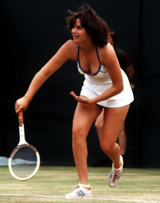 15 linda siegel 1979 - wimbledon fashion icons