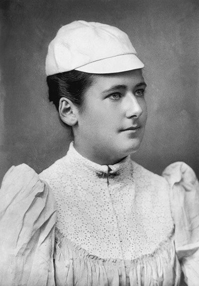 18 lottie dod 1890 - wimbledon fashion icons