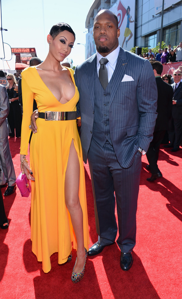 3 Candace Williams and Terrell Suggs - hottest women 2013 espys red carpet