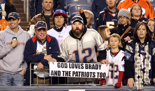 7-fan-wearing-tom-brady-jersey-top-selling-nfl-jerseys