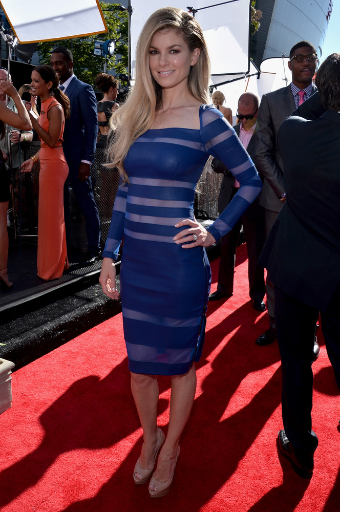 9 Marisa Miller - hottest women 2013 espys red carpet