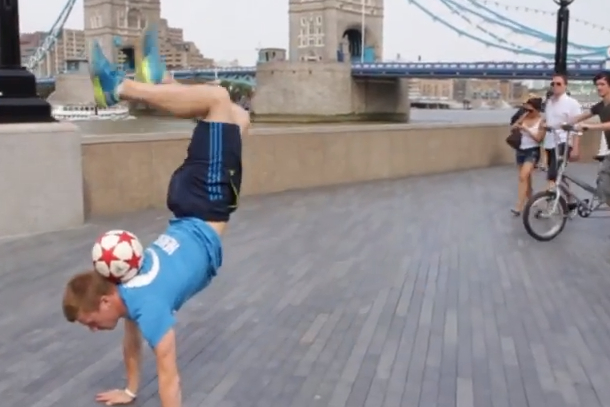 andrew henderson freestyle soccer world champion
