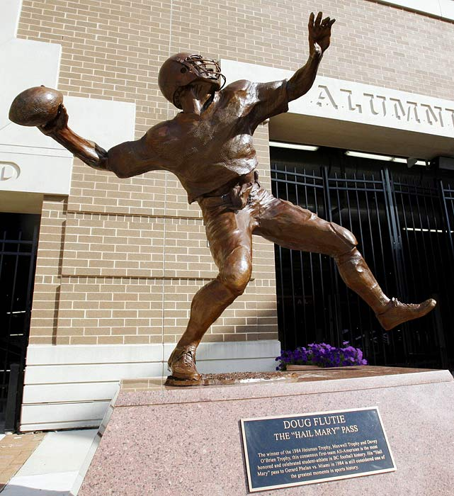 10 doug flutie stateu - college football legends with their own statues
