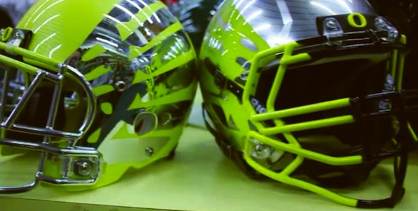 2 new oregon ducks football helmets - 2013 college football helmets