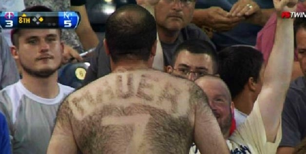 3 joe mauer fan - fans with signs shaved into their chest back hair