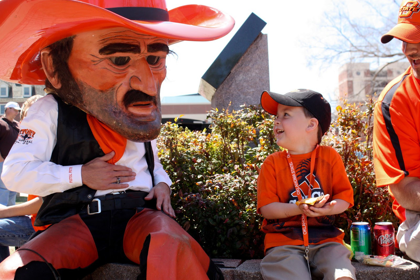5 oklahoma state pistol pete mascot - creepiest college football mascots