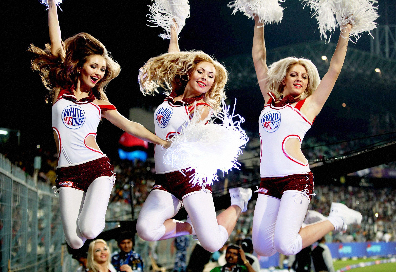 6-delhi-daredevils-cheerleaders-1