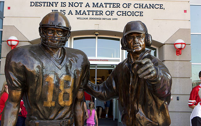 6 tom osborne statue - college football legends with their own statues
