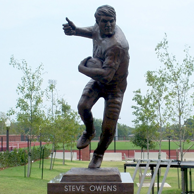 7 steve owens statue - college football legends with their own statues