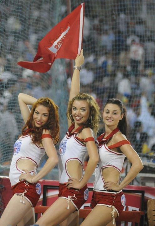 8 kings xi punjab cheerleaders 3