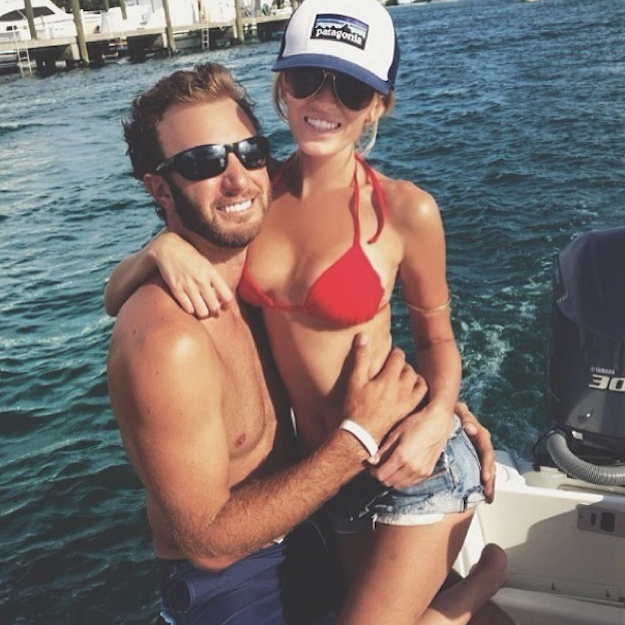 8 paulina gretzky and dustin johnson engaged