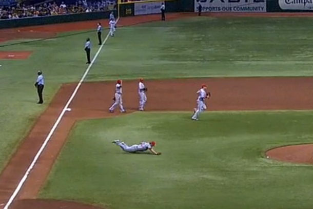 cj wilson trips and falls