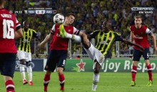 Arsenal's Laurent Koscielny Gets Kicked in the Face (GIF)