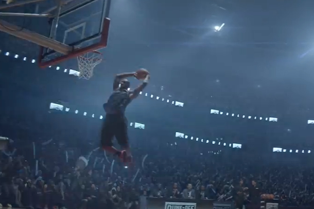 timeless design 6b030 0f9e7 LeBron James Finally Takes Part in a Dunk Contest…in a Nike Commercial ( Video)