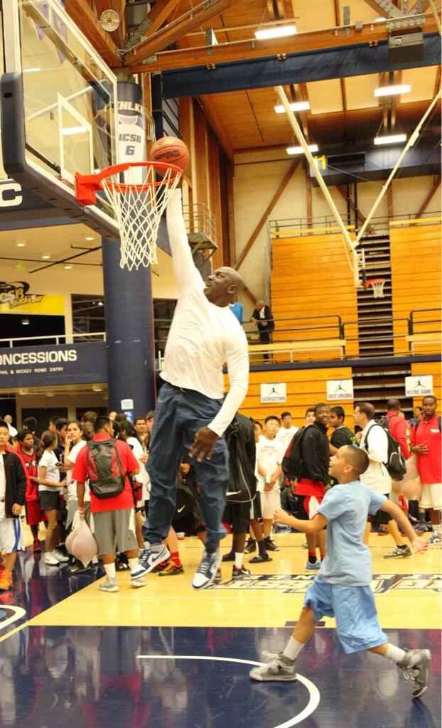 mj flight school dunk 50 years old