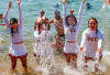 http://www.totalprosports.com/wp-content/uploads/2013/08/usc-song-girls-tahoe-trip-2013-6-480x400.png