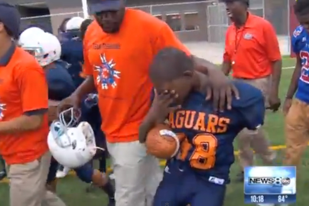 12-year-old cancer patient scores touchdown
