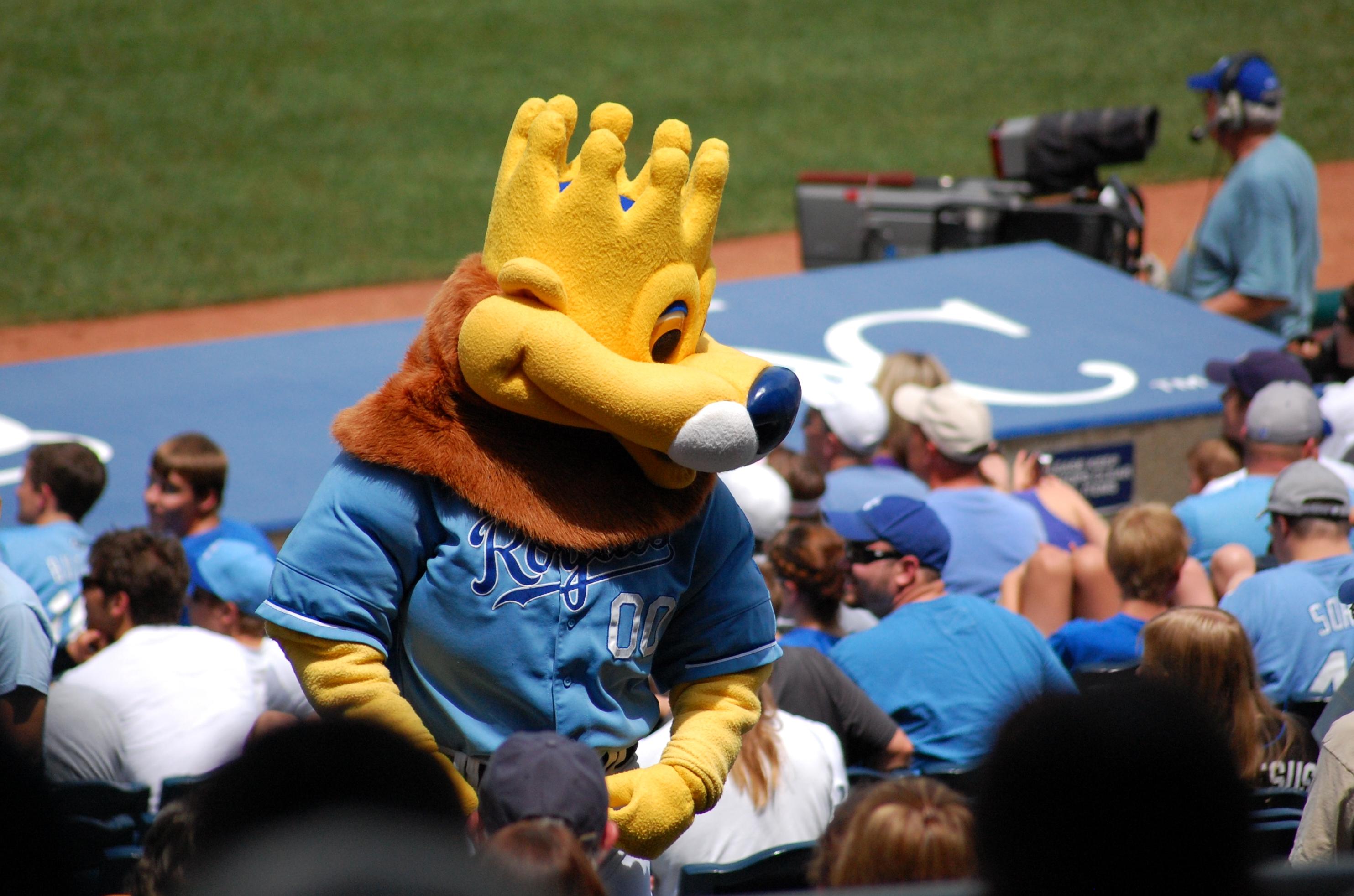 3 sluggerrr royals mascot - disturbing mlb mascots