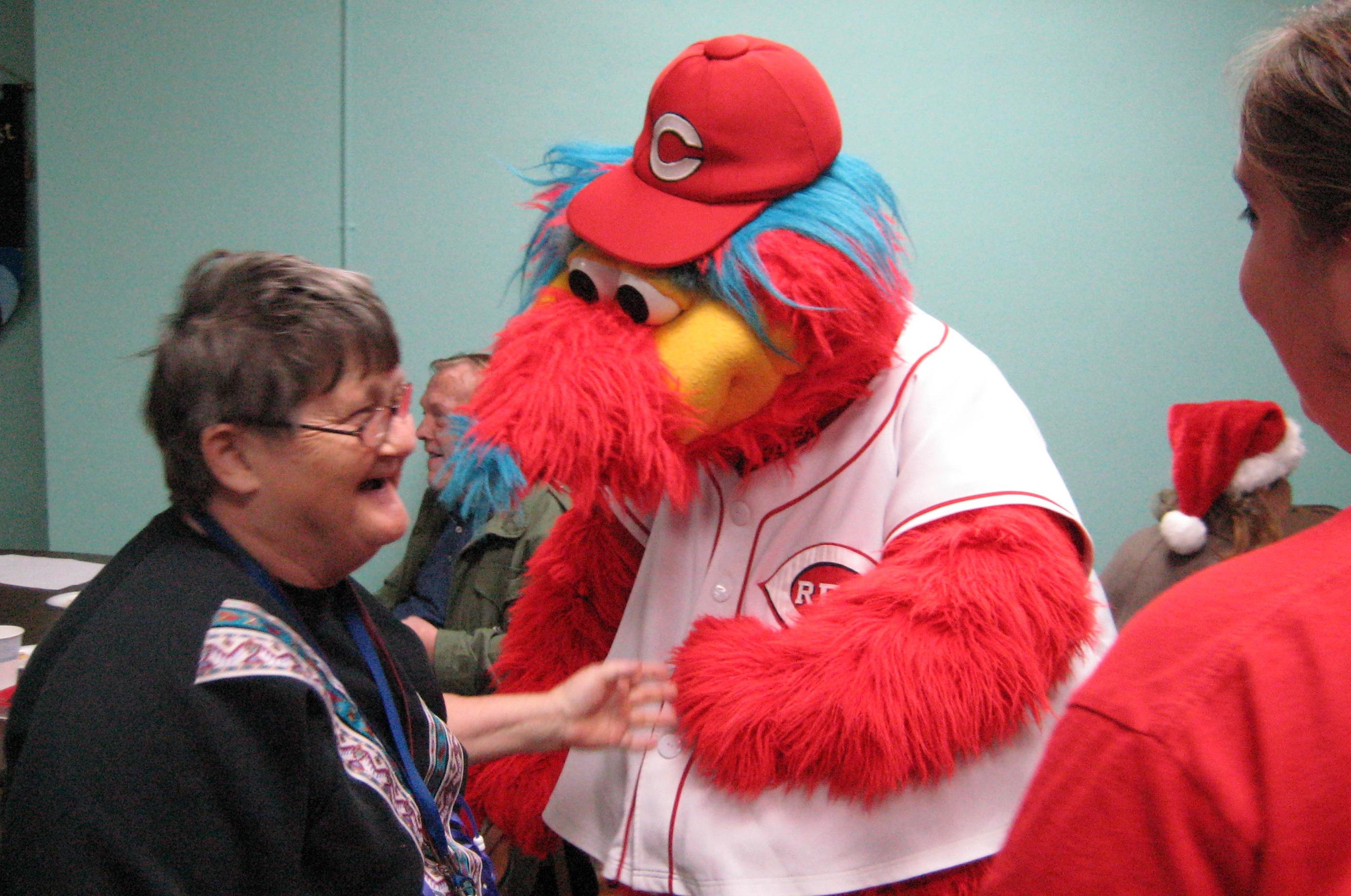 6 gapper reds mascot - disturbing mlb mascots