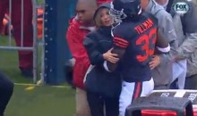 Bears' Charles Tillman Saves Fox Sideline Reporter from Slow-Moving Crane (GIF)