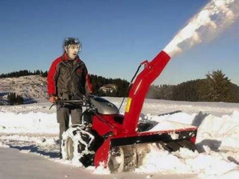 joe sakic snowblower accident - weird hockey injuries