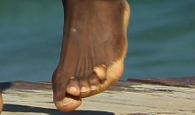 LeBron James Has Some Messed Up Looking Toes (Pics)