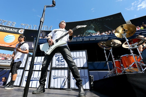 metallica-yankee-stadium-for-mariano-rivera
