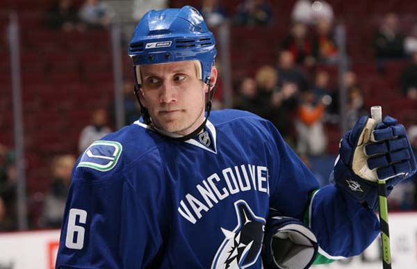 sami salo - weird hockey injuries