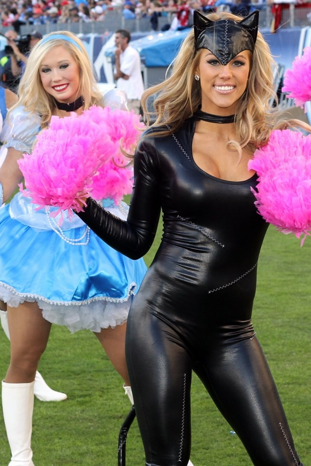 35 Sexy NFL Cheerleader Halloween Costumes [2013 Edition