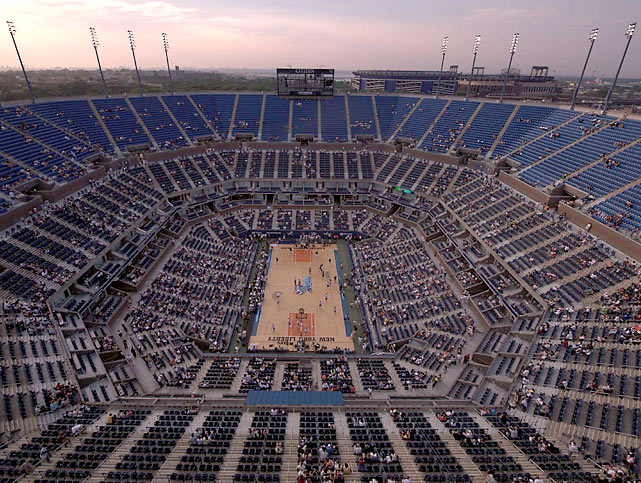15 wnba game at arthur ashe tennis stadium 2008 - weird sports venues