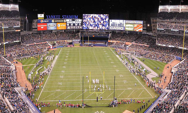22 notre dame vs army at yankee stadium - weird sports venues