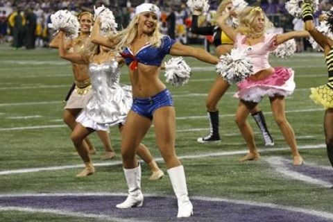 7 NFL Cheerleaders Halloween Costumes 2013 - vikings cheerleader sailor costume
