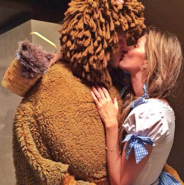 brady and gisele halloween costume (patriots halloween party)