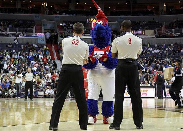 4 g-wiz (washington wizards mascot) - creepy nba mascots