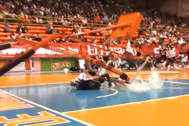 harlem globetrotter nearly killed by collapsing hoop