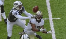 Saints' Robert Meachem Makes Incredible Circus Catch (GIF)