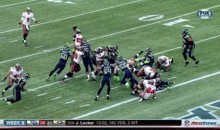 Buccaneers Running Back Mike James Throws Jump Pass Touchdown (GIFs)
