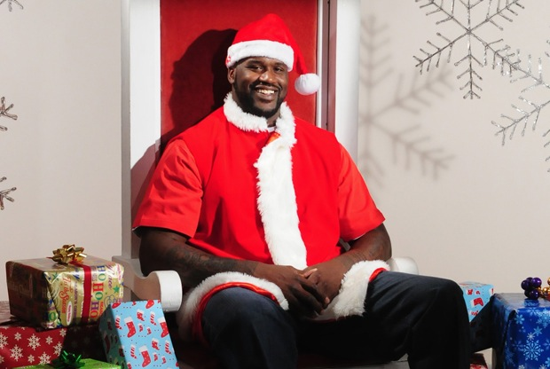 12 shaq dressed as santa - athletes dressed as santa clause