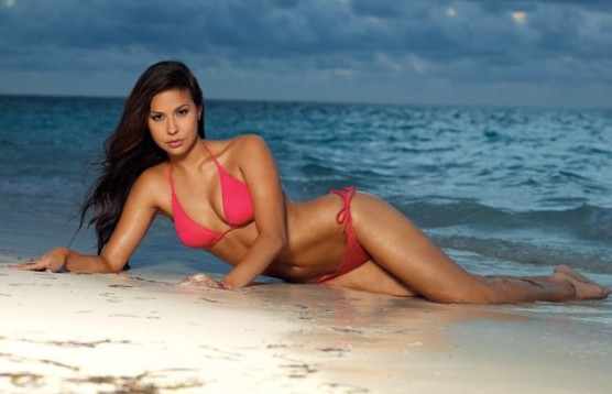 19 Dallas Cowboys Cheerleaders Veronica Ann - hottest NFL Cheerleaders 2013