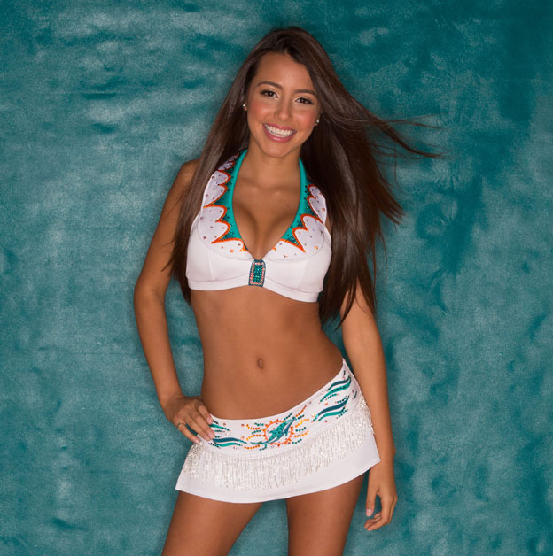 2 Miami Dolphins Cheerleader Grace - hottest NFL cheerleaders 2013