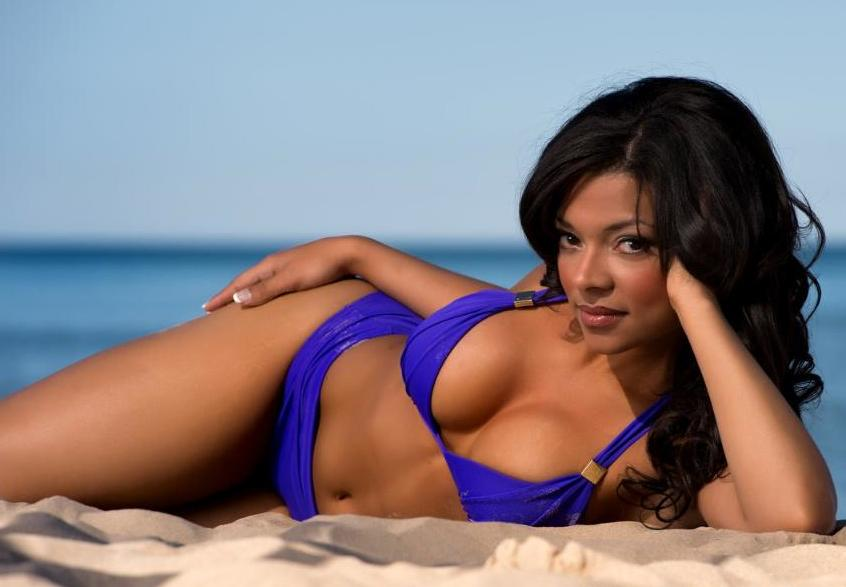 4 Indianapolis Colts Cheerleader Ciara - hottest NFL cheerleaders 2013