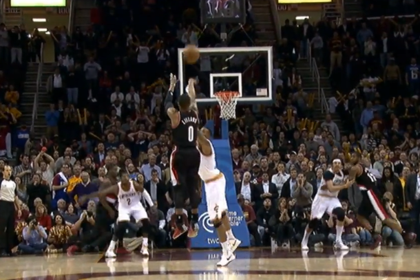 damian lillard second game-winning shot in a row
