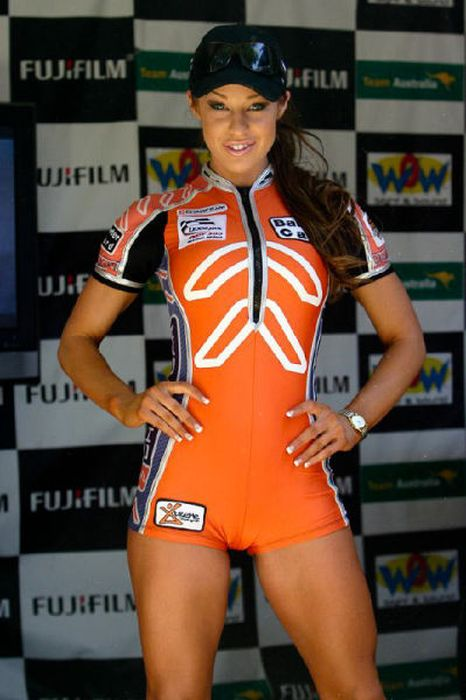 The Sexiest Grid Girls (101 Photos) | Total Pro Sports